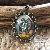 Fright Night - Fancy Pendant Necklace