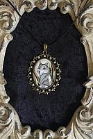 Gather Around - Wolf Cameo Pendant Necklace