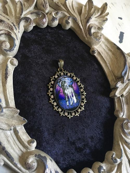 Unicorn Dreams - Cameo Pendant Necklace